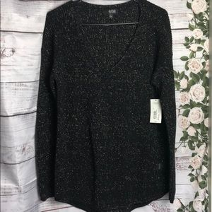 a.n.a. Black and gold sweater long sleeves